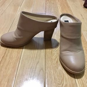 Deena & Ozzy Shoes - Nude Clog Heels from Deena & Ozzy