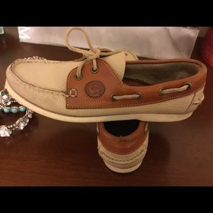 Dooney & Bourke Shoes - Dooney & Bourke AWL loafers/ boat shoes