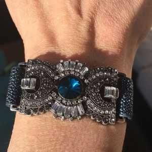 Jewelry - ❤️❤️Shimmering Wrap bracelet💕💕Bundle this!💕💕💕