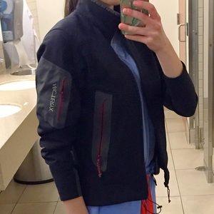 Arc'teryx Jackets & Blazers - 💕Arc'teryx💕Black Shell Jacket XS