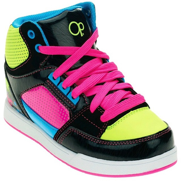 NWT  30 Girl s OP Athletic Skate Sneakers SIZE 5 151fb3cd7