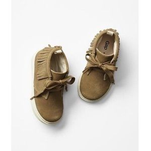 GAP Other - babyGap Fringe Moccasin Sneakers NWT Sz 7
