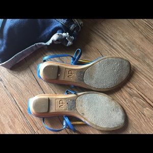 Dolce Vita Shoes - HP💫 Blue Gold Dolce Vita Thong Sandals | size 6