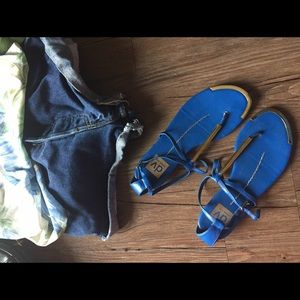 HP💫 Blue Gold Dolce Vita Thong Sandals | size 6