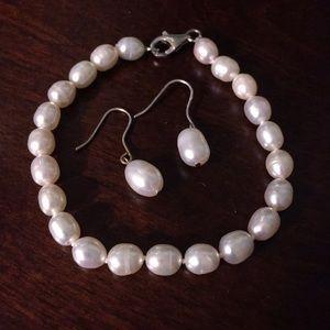 Honora Jewelry - Honora White Pearl Earrings & Bracelet Set
