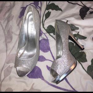 Sparkly silver heels!