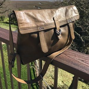 Lucky Brand Handbags - Lucky Brand Olive Green Vintage Leather Purse Bag