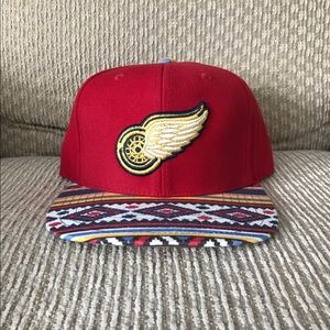 American Needle Other - Detroit Red Wings American Needle aztec strapback