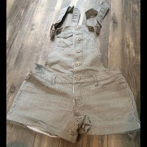 Mossimo Supply Co. Denim - Farmers Daughter Short Overalls