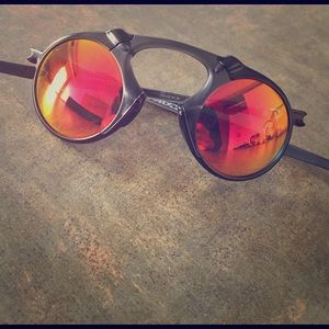 Oakley Accessories - Oakley Mad man Black with iridescent ruby glass