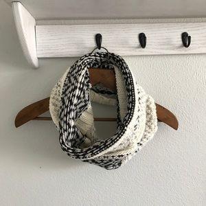 Gap Wool Infinity Scarf