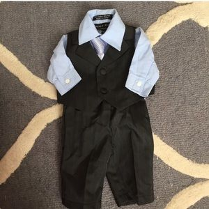 andrew Fezza Other - NWOT Newborn Boys Suit