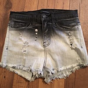 Pants - NWOT Flying Monkey jean shorts XS