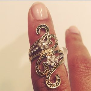 Evolving Always Jewelry - 🆕Vintage Style Fashion Ring