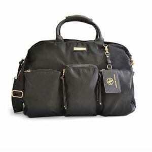 NWT Adrienne Vittadini black carrying duffel bag