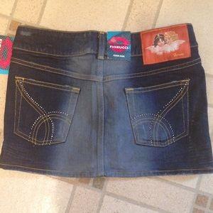 Brand new jean skirt embellished pockets