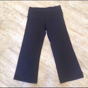 Lululemon high rise crop pants