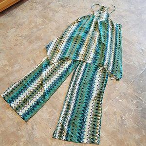 Elan Pants - Elan 2 Piece Outfit Size Medium