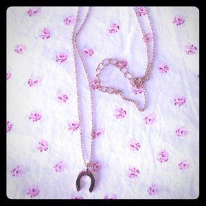 Wren Jewelry - Wren Rose Gold Horseshoe Necklace