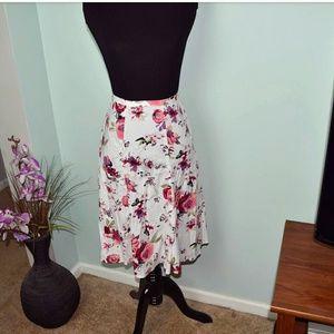Dresses & Skirts - Super Cute Ivory & Pink Floral Print Skirt