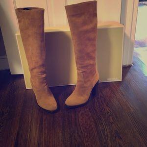 Michael Michael Kors Lesly Boot, size 8