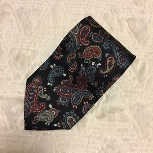 Statesman Horne's Other - Statesman Horne's Paisley Tie