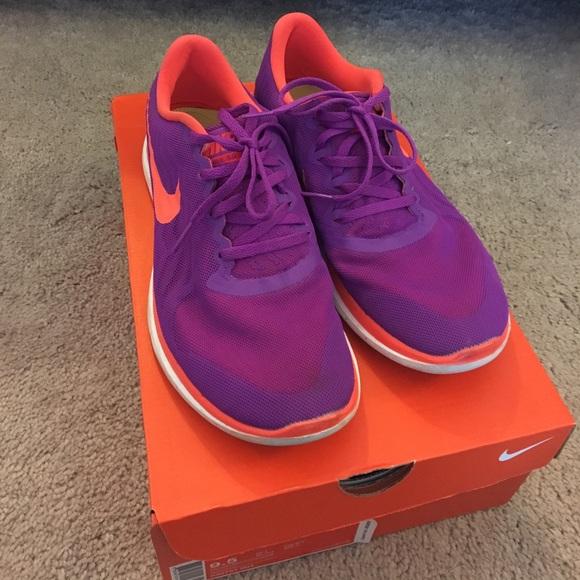 10247665e2e2 Purple   orange Nike Flex sneakers. M 58c5bc3bf09282d17d027224