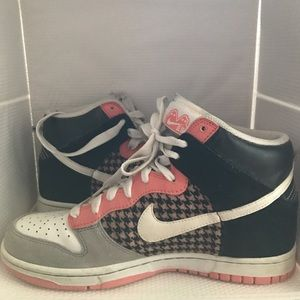 Nike Women's Dunk Hi 342257-011