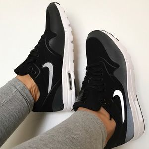 Nike Shoes - Air Max black &white ultra moire👁