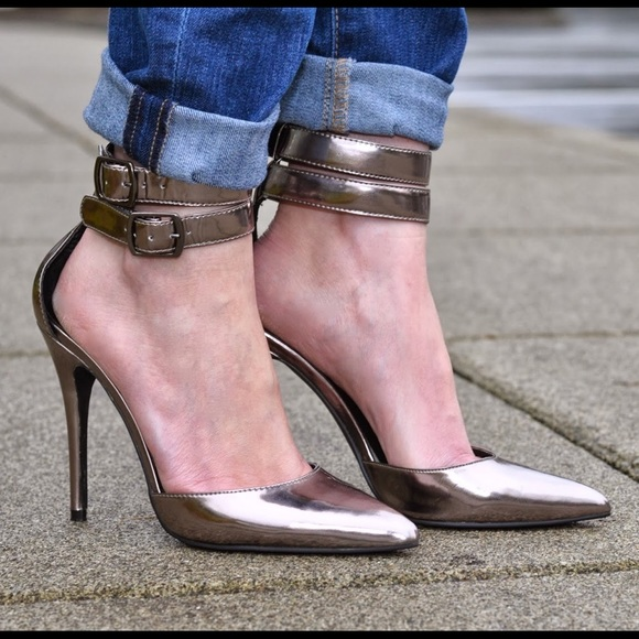 Steve Madden Shoes - Platinum ankle wrap heels