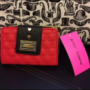 ⭐️⭐️SALE ⭐️⭐️Betsey Johnson Red Wallet