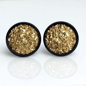 thejeweladdict Jewelry - 3 for 15🎀flat rocky gold faux druzy black studs
