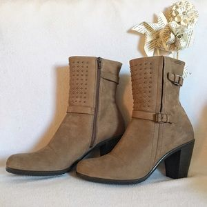 Ecco Shoes - ecco Women's Touch 75 Mid Cut Boot Cream