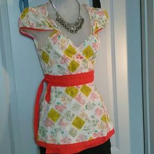 Tops - Vintage print wrap 60's style cotton top