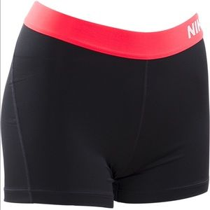 "Nike Pants - NIKE WOMEN'S PRO 3"" COOL COMPRESSION SHORTS"