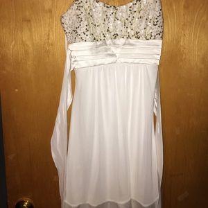 Taboo Dresses & Skirts - Cute white modest dress!