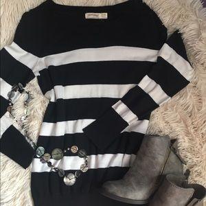 Sweaters - Striped sweater top.
