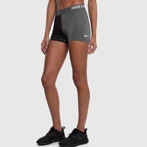 "Nike Pants - WOMEN'S PRO COOL 3"" COLORBLOCK TRAINING SHORTS"