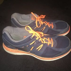 Nike Dual Fusion running shoes. Size 12