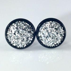 thejeweladdict Jewelry - 3 for 15🎀flat rocky silver faux druzy black studs