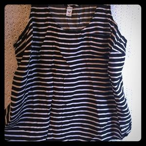 Old Navy Black and White Striped Top XXL