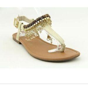 Steve Madden Shoes - NIB sugar jaida natural thong sandals