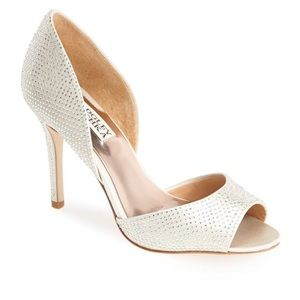 Badgley Mischka Shoes - NEW Badgley Mischka peep toe pumps
