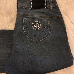 Dereon Denim - Flattering Dereon Bootcut Jeans
