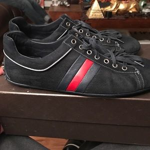 Other - Low cut Gucci sneaker