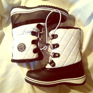 Totes Other - NWT Totes Winter Boots | size 1