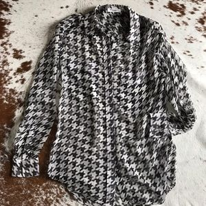 Equipment Tops - Equipment signature houndstooth silk top