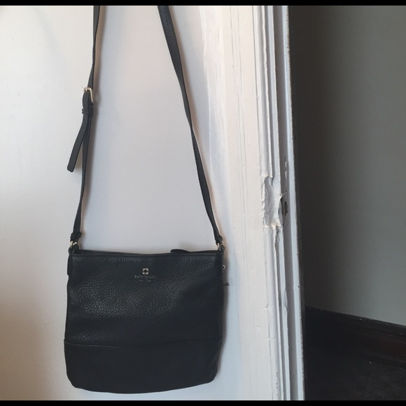 87c2289fb0 kate spade Handbags - Kate Spade black Lombard Street Cayli cross body