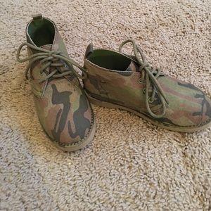 Old Navy Other - Boys Camo Chukka Boots