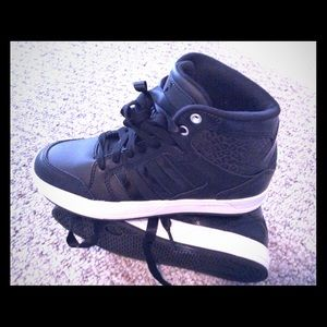 Adidas Shoes - BNWOT Adidas Raleigh High Top Sneakers
